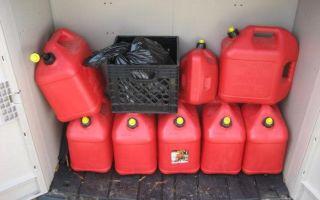 Хранение бензина в канистрах и баке, какие сроки и портится ли он от этого